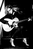 Lisa Loeb in Dallas - May 2013